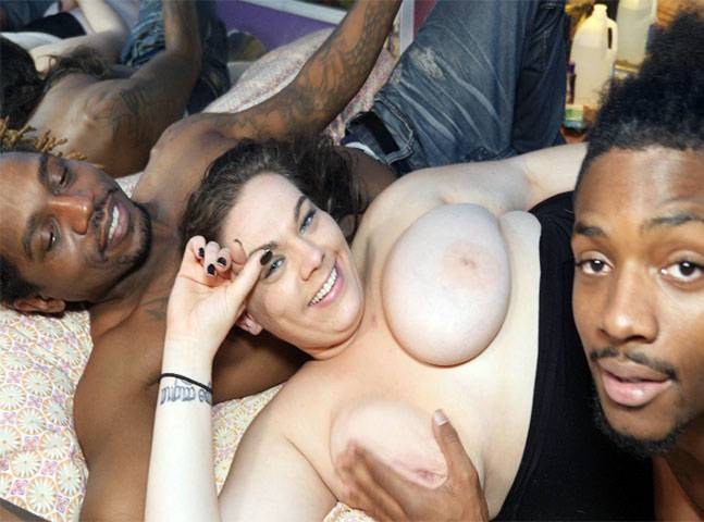 Black White Girls Threesome